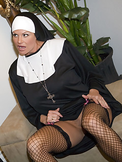 Kelly the nun takes father Ryans virginity.