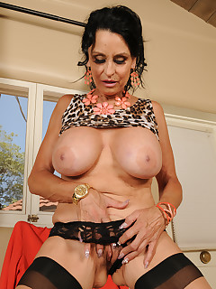 Mature Pictures Featuring 63 Year Old Rita Daniels From AllOver30