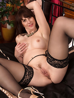 Anilos.com - Freshest mature women on the net featuring Anilos Toni Lace free milf