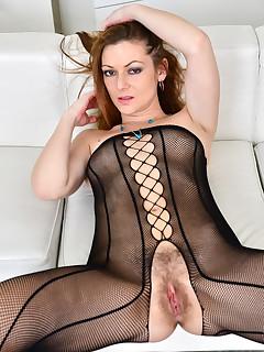 Anilos.com - Freshest mature women on the net featuring Anilos Mischelle mature mom