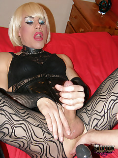 Zoe Fuck Puppet Free Sample Pictures