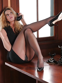 Pantyhosed office MILF