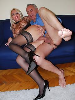 Jim Slip - UK Street Slut: Sarah