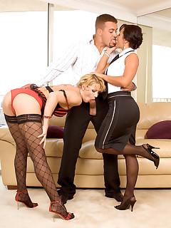 Leg Sex - Tiptoe Threesome - Katerina Kat, Sandra Romain, and Jarrod Steed (80 Photos)