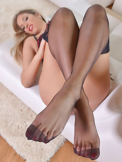 Sex Goddess in Panthyhose - Eva loves Fot Fetish free photos and videos on HotLegsandFeet.com