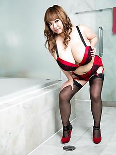 Scoreland - New Name Same Huge Tits - P-Chan (65 Photos)