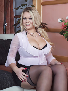 Scoreland - Busty Blonde Likes To Be Watched - Katrin and Ricky Rascal (70 Photos)