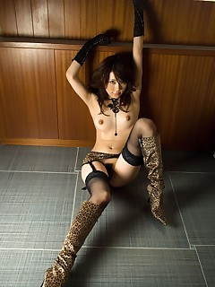 Slutty Sakuragi enjoys showing off for men @ Idols69.com FMG's
