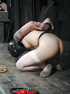 Real Time Bondage | Live BDSM Shows and Device Bondage | Mei Fears Our Members